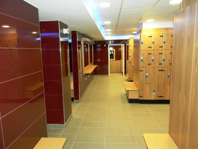 One Leisure, St. Neots - Female Changing Room4