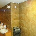 One Leisure, St. Neots - Male Changing Room4
