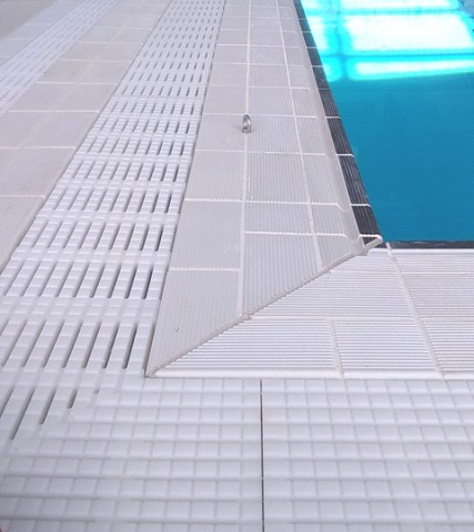 Pool Surround Finger Grips and Pool Grating